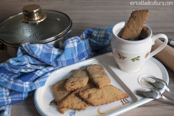 composta-prugne-mele-biscotti-glutenfree