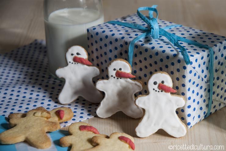 Omini biscottini di neve Per giocare con biscotti sempre diversi