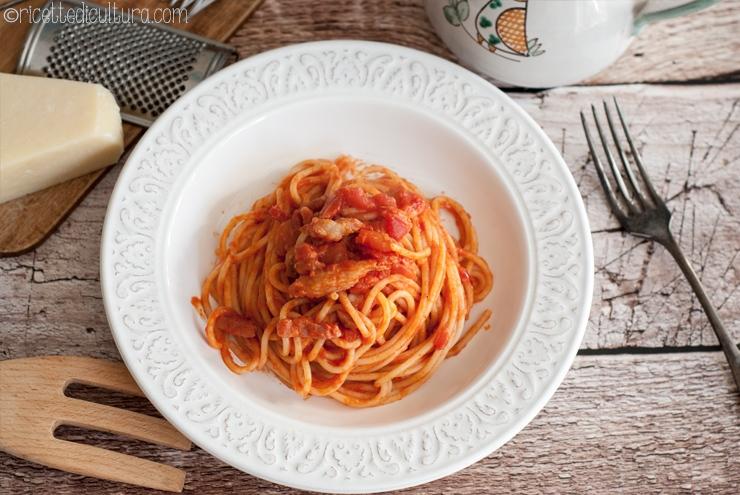 La verdadera pasta a la Amatriciana o matriciana La riceta codificada y el procedimiento