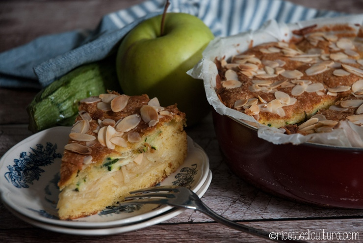 Moelleux di mele e zucchine Una torta particolare per i suoi ingredienti, ma golosamente scioglievole