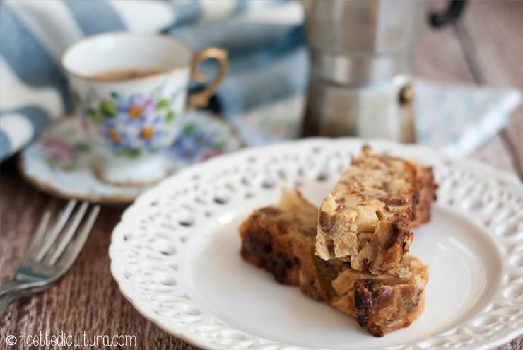 Torta di panettone alle mele senza farina Riciclare il panettone, in una torta buonissima