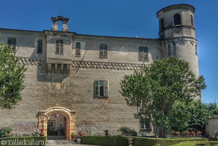 Il Castello di Osasco, attraverso 8 secoli Suggestivo e autentico, uno dei castelli poco noti del pinerolese