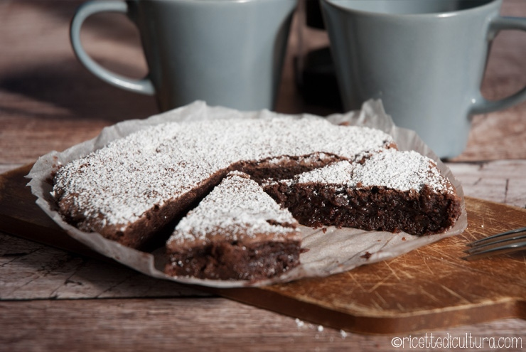 Kladdkaka, torta svedese al cioccolato La torta più cioccolatosa della Svezia