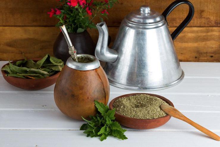 Mate, la bevanda energizzante e diuretica che arriva dal Sudamerica Una buona abitudine da fare nostra