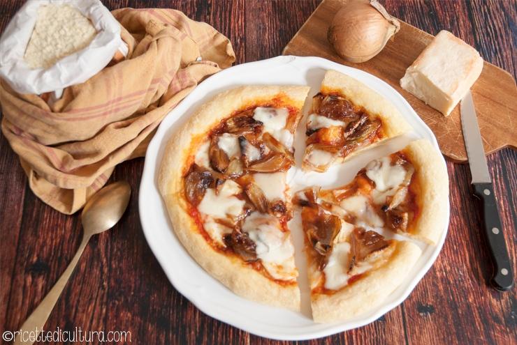 pizza-di-semola-cipolla