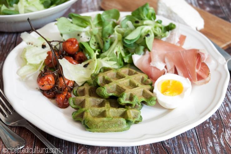 waffles salati spinaci