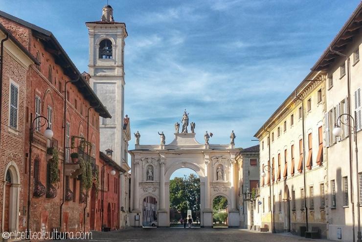 Cherasco, capitale delle chiocciole all'insegna di cultura e buona tavola Qualche dritta su una meta gastronomica e culturale a due passi da Torino