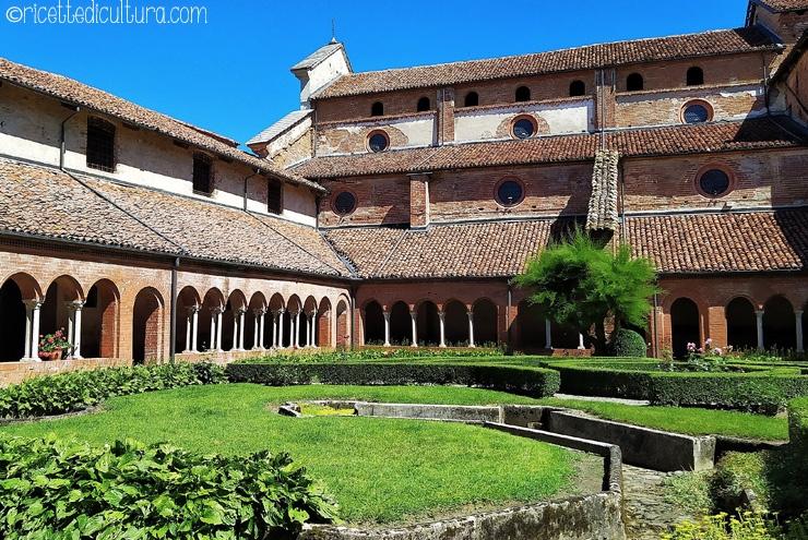 abbazia-di-staffarda-chiostro